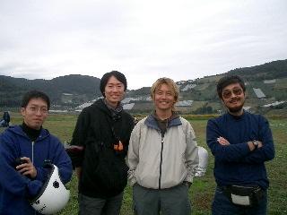 20041017-01-para.jpg